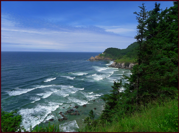 Heceta Head and Devil's Elbow Bay, Oregon Coast. Photo: Sue Gaviller
